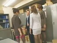 I segretari asiatici cazzo loro capo