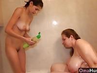 Omahunter dopo il bagno grande, che questi due sono e succhiare un pene lungo