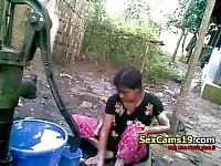 Bangla Desi Shameless Village Cousinnupur Bathing from sexcams19