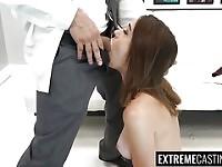 Gerardo carina riceve un enorme carico di sperma sul suo viso