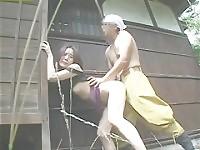 Femme au foyer japonaise 01