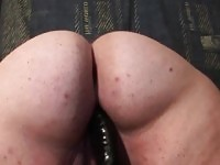 Matura BBW figa scopata con dildo enorme