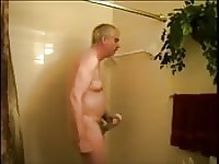 Old dude jerks off in the shower