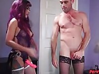 Ivy Brooks Gets ein Hooker STRAPON PEGGING FUCKING.