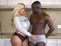 Blondie PAWG Interracial.