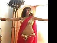 Bollywood babe dances.